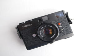 The Minolta CLE: The bastard son of Leica