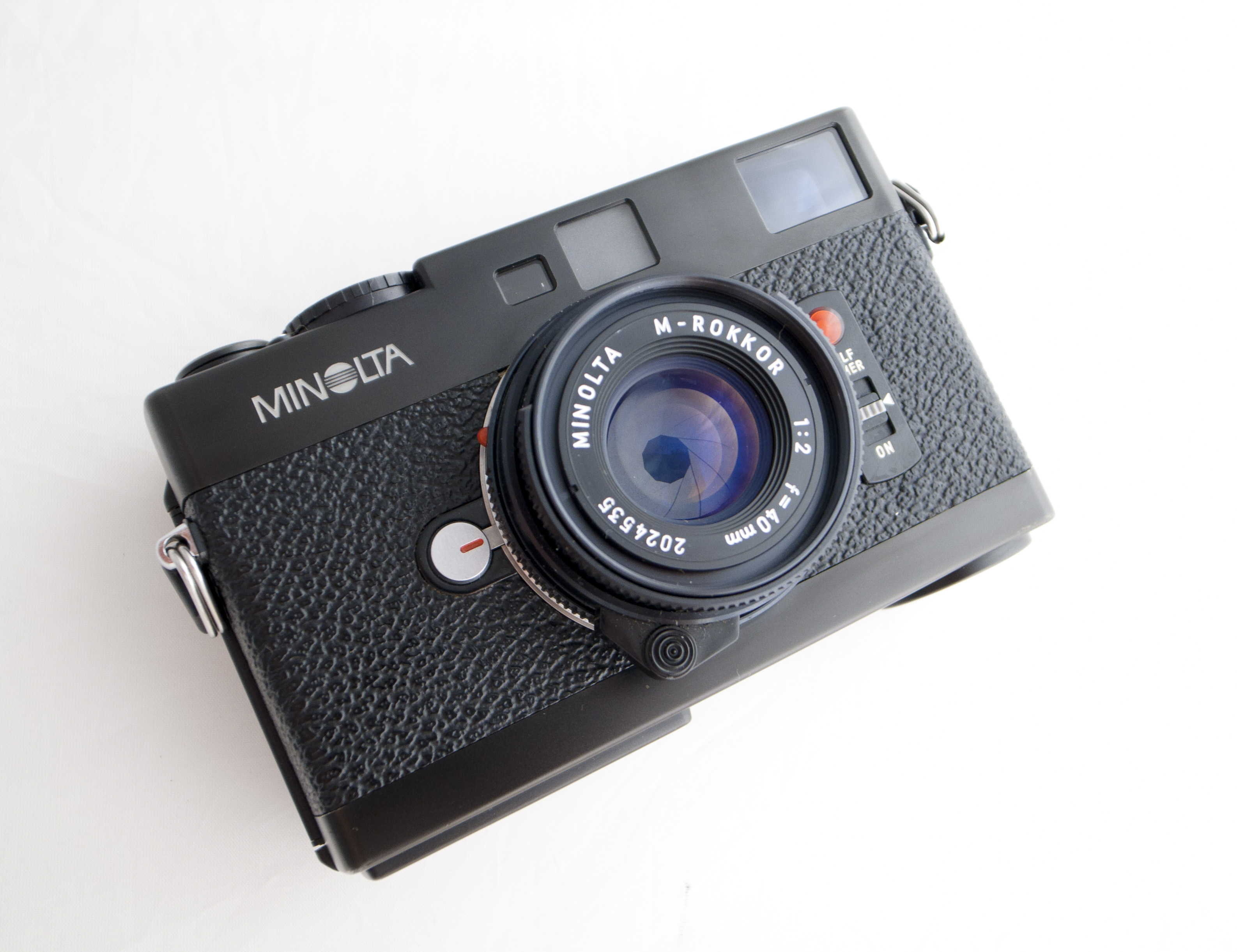 now this camera is a personal favourite of mine the lovely minolta cle it is light small fast and quiet it has a brilliant meter and clean viewfinder - Minolta Digital Camera