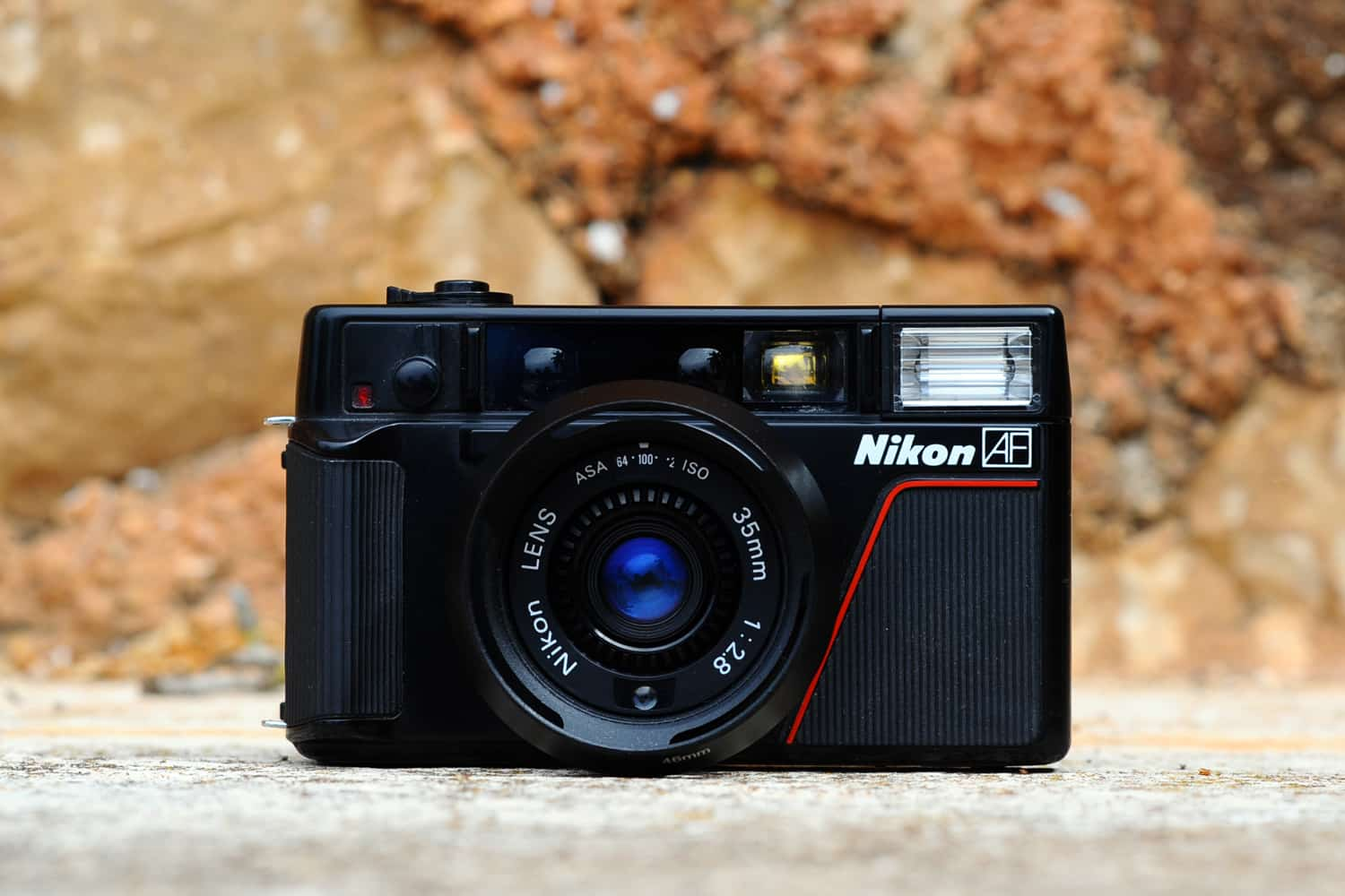 Camera Geekery: The Nikon L35AF