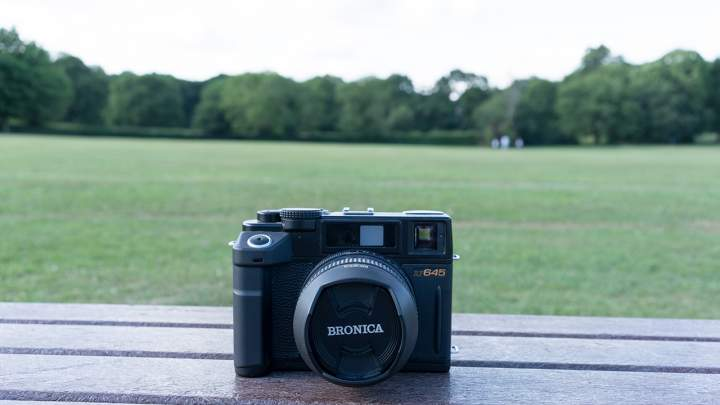 Camera Geekery: Bronica RF645 Review