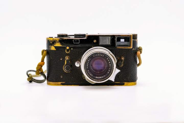 Black paint Leica M2 that belonged to Sean Flynn
