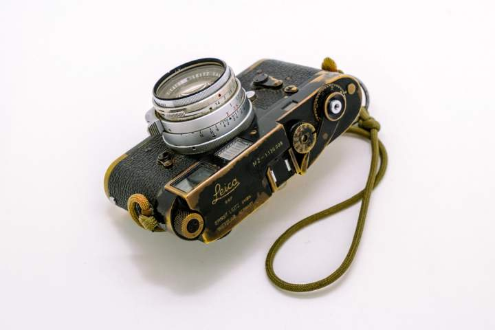 Sean Flynn's leica M3 black paint with Summilux lens